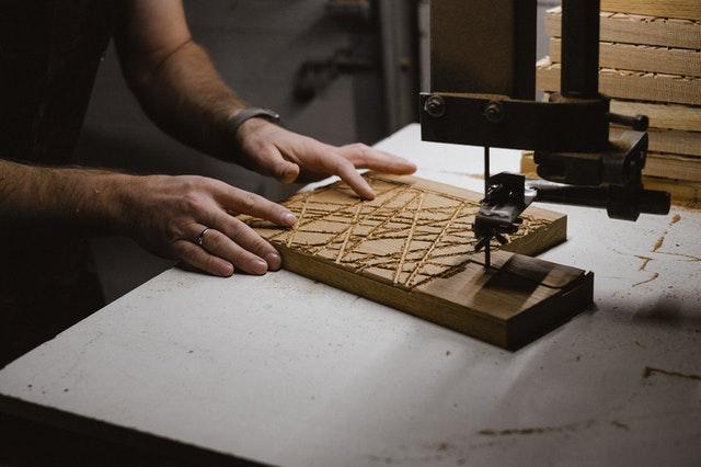 cube photo : gravure sur bois